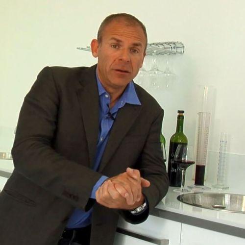 Stéphane Toutondji : winemaker consultant (France)